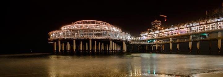 De Pier Scheveningen bei Nacht